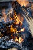 obozuje ogień zdjęcia stock