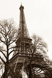 Obra clásica de la torre Eiffel imagenes de archivo