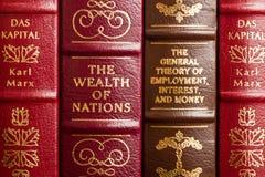 Obras clásicas de la economía Imagen de archivo