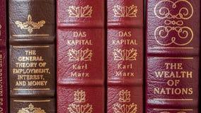 Obras clásicas de la economía Fotos de archivo