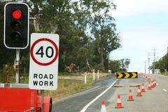 Obras por carretera con límite de velocidad Fotos de archivo