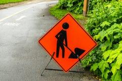 Obras por carretera a continuación: Muestra anaranjada Fotos de archivo libres de regalías