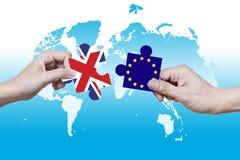Obrazek łamigłówki UN i UE ciągnęli oddzielnie Fotografia Stock