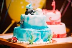Obrazek dwa urodzinowych torty ballon w tle i Zdjęcie Stock
