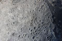 Obrazek kratery na powierzchni księżyc zdjęcia stock