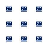 Obrazek przedstawia różne przekątny laptopów ekrany Obrazy Royalty Free