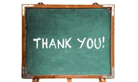 Obrigado! mensagem de texto nas letras brancas do giz escritas em um quadro de madeira do quadro ou do quadro-negro do vintage su foto de stock