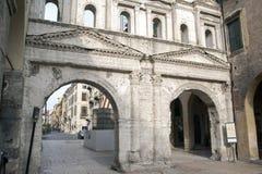 Obrończa Romańska miasta ` s ściana obraz royalty free