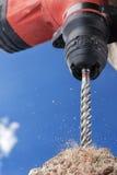 Obrotowy młoteczkowy musztruje beton zdjęcie stock