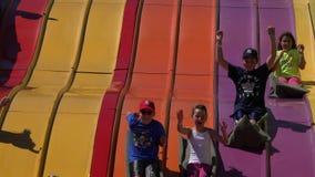 Obruszenia, Children parki rozrywki, zabawa zbiory wideo