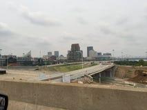 Obrzeża Louisville Kentucky KY W centrum miasta Urb miasta nocy Miastowy życie obraz stock