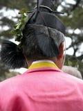 Obsługuje być ubranym tradycyjną suknię podczas sintoizm ceremonii w Japonia zdjęcie stock