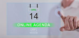 Obsługuje dotykać online agendy pojęcie na dotyka ekranie Obrazy Royalty Free