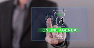 Obsługuje dotykać online agendy pojęcie na dotyka ekranie Obraz Royalty Free