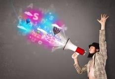 Obsługuje krzyczeć w megafon, abstraktów balony i tekst przychodzący i Obrazy Stock