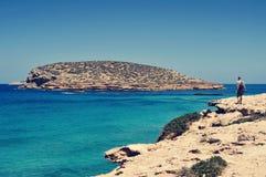 Obsługuje stawiać czoło Illa des Bosc wyspę w Ibiza, Hiszpania Zdjęcia Stock