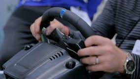 Obsługuje używać hazard kierownicy joystick przy technologii wystawą zbiory wideo