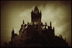 Obscuridad de Cochem del Burg Foto de archivo libre de regalías