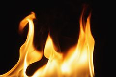 Obscuridade de queimadura do fogo imagens de stock royalty free