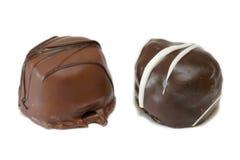 Obscuridade e doces de chocolate do leite fotografia de stock royalty free