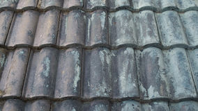 A obscuridade envelheceu a parte superior azul do telhado, casa, Banguecoque Tailândia Fotografia de Stock