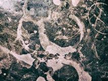 A obscuridade velha envelheceu a superfície manchada riscada metálica de cobre foto de stock royalty free