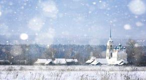 Obscurité chrétienne de pays de ville de Noël de christianisme de chapelle de cathédrale de fond d'architecture Photos stock