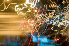 Obscuro de néon no movimento no tempo de exposição do movimento Imagem de Stock