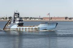 Observateur de mer de navire de pêche professionnelle je retournant au port photographie stock libre de droits