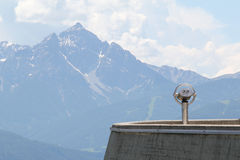 Observatiedek in de alpen Stock Fotografie