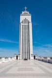 Observatiedek en toren van ons Lord Jesus Christs Resurrection Basilica in Kaunas stock fotografie