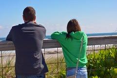 Observation de vague Photos libres de droits