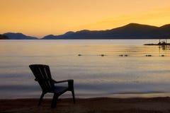 Observation du lever de soleil Photos libres de droits