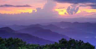 Observatoire de sommet de montagne Photographie stock libre de droits
