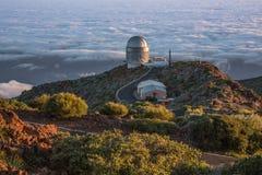 Observatorio astronómico sobre las nubes Foto de archivo libre de regalías