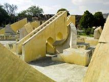 Observatorio de Jantar Mantar - Jaipur - la India Imagen de archivo libre de regalías