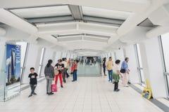 Observatorio del edificio del centro financiero de mundo de Shangai Fotos de archivo
