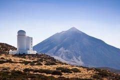 Observatorio del Teide (Waarnemingscentrum Teide) Stock Afbeeldingen