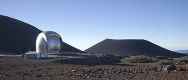 Observatorio Submillimeter de Caltech Fotos de archivo libres de regalías