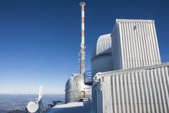 Observatoriumgebirgsspitzenwinter Lizenzfreie Stockfotos