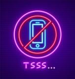 Observe la muestra del silencio el prohibir del teléfono móvil usando Imagen de archivo