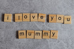 On observe le jour du ` s de mère le deuxième dimanche en mai Images libres de droits
