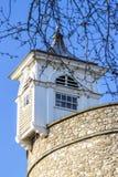 Observez la tourelle, détail de la tour de Londres Photos stock
