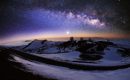 Obserwatorski i Milky sposób fotografia stock