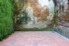 Obsoleted Stary ściana z cegieł fotografia royalty free