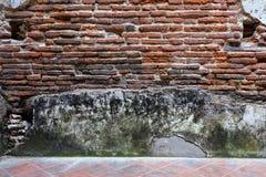 Obsoleted Stary ściana z cegieł fotografia stock
