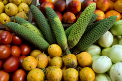 Obst- und Gemüse Markt in Funchal Stockbilder
