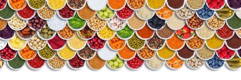Obst- und Gemüse Nahrungsmittelhintergrundkräuter würzt Bestandteilbeeren von oben stockfotos