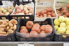 Obst-und Gemüsehändler-Schreibtisch Stockbilder