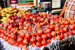 Obst- und GemüseMarkt in Udaipur, Rajasthan Indien stockbilder